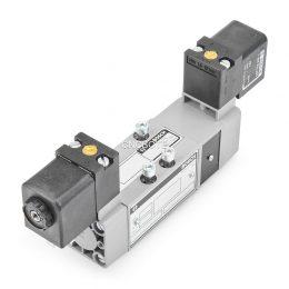 Bosch 0 820 027 126 5/3-Wegeventil